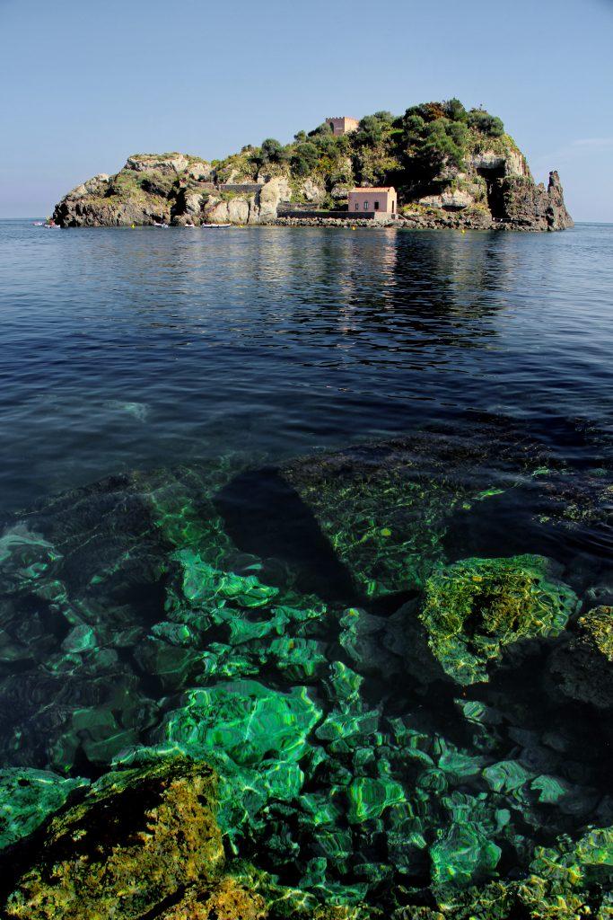 Il mare di Acitrezza