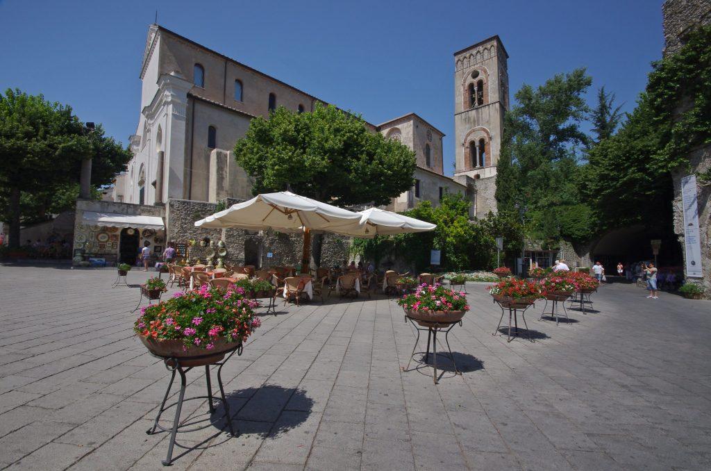 Piazza del Duomo di Ravello